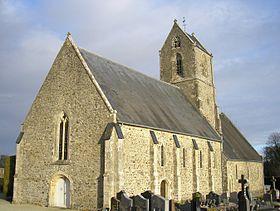 la-partie-la-plus-ancienne-de-leglise-de-saint-martin-d-aubigny-de-facture-romane-date-du-11eme-siecle-lors-de-la-seconde-guerre-mondiale-elle-fut-partiellement-detruite-elle-a-ete-reconstruite-en